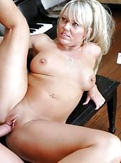 Fabulous blonde milf Chennin Blanc is demonstrating her sex skills