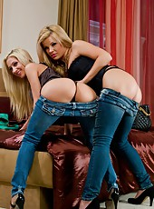 Adriana Sephora and Sammie Rhodes pleasing each other with big dildos