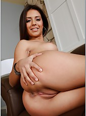 Lovely milf Jynx Maze playing with her snatch and pleasing a naughty boy