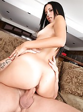 Obedient flapper Bebe Mendes loves showing her body and riding hard cocks