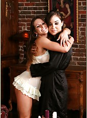 Two whores Rachel Roxxx and Sasha Grey making a really cool double blowjob