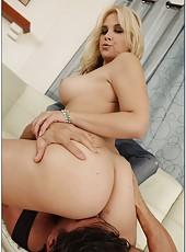 Carnal blonde Sarah Vandella rubbing boobies and making a deepthroat