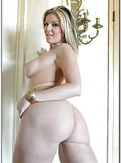 Curvy blonde Daryn Darby prefers sucking big black daggers and eating cum