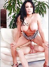 Nice milf Sophia Lomeli showing some of her skills in pleasing naughty boys