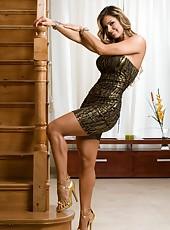 Good looking milf Esperanza Gomez demonstrates her skills and reaches orgasm