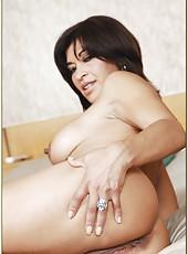 Gentle milf Victoria Luna reaching orgasm on bed and pleasing her friend