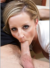Zingy milf Melissa Matthews likes fingering and playing with hard peckers
