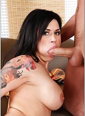 Fantastic Eva Angelina doing her best to make a first-class deepthroat