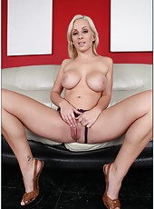 Bright whore Lexi Swallow adores riding big wieners and getting cumshots