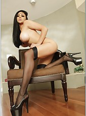 Mesmerizing milf Audrey Bitoni stripping and pleasing her handsome boyfriend