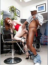 Charming hooker Violet Monroe gets naughty with a black-skinned fellow
