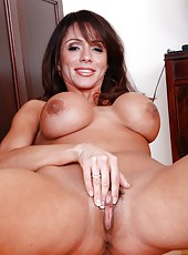 Naive babe Ariella Ferrera posing for the audience and making a deep blowjob