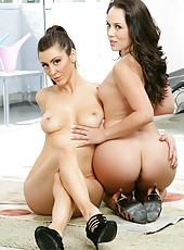 Cool milfs Kristina Rose and Princess Donna enjoying a hot threesome