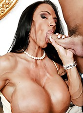 Bright cunt Lisa Lipps working with her friend