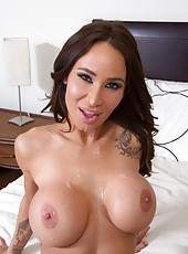 Skillful milf Sandee Westgate showing her new lingerie and jilling snatch