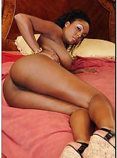 Seductive ebony Layton Benton prefers swallowing white cocks and getting fucked