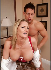 Awesome mature Zoe Holiday prefers seducing and fucking hard with young guys