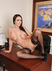 Winsome pornstar J Love playing with big boobs and jilling on the table