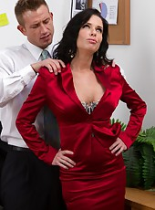 Classy Veronica Avluv prefers making deepthroats and getting penetrated