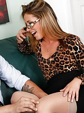Sheena Shaw masturbating in sexy glasses and swallowing a delicious rod