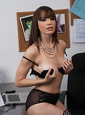 Clever Dana DeArmond adores pleasing her boss and riding his hard dick