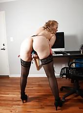 Gorgeous MILF Emerald Rose sucking a dildo and masturbating her cunt