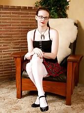 Classy MILF Jen wearin glasses and doing a mesmerizing striptease
