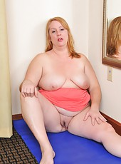 Chubby blonde BBW Misty Luv Blu posing with her huge and fat asshole