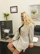 Tattooed blonde with big ass JR Carrington being fucked by two managers