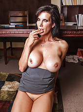 Milf with big boobies Shay Sights is sucking that nice black dong