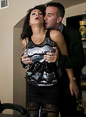 Astounding babe Teri Weigel masturbating her twat and sucking cock