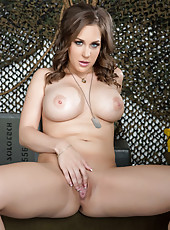 Busty and delicious babe Kiera King showing her wonderful big tits