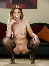 Exceptional MILF Brooklyn Lee likes to show off her sweet tiny tits