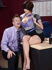 Naughty MILF Joslyn James doing a blowjob and a very nice foot job