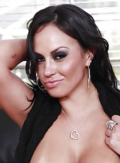 Bewitching babe Mariah Milano with her big boobs and perfect shaved pussy