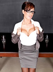 Bewitching milf lady Capri Cavanni with great big tits and slender body