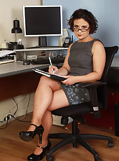 36 year old Anna P from AllOver30 spreading wide in her office