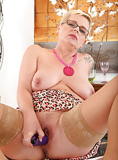 Horny 47 year old Deide J plugs her mature hole after a long day