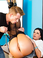 India Summer has a problem with her student, Bill. He