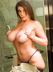 I like to watch women change outfits. I also like a big ass and tits. So I have Sara Jay come to my place tonight. I have her try different lingerie outfits and shake her ass and tits in them for me. Of course, I also have her take them off before I fuck
