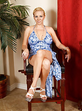 Angelic looking mom shows off her luscious figure in her long blue nightie