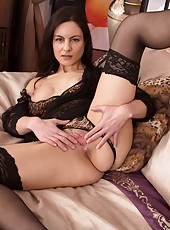 Cock starved cougar spreads open her juicy wet pussy