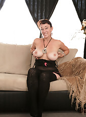 Horny milf with huge natural tits sucks the sweet cum from her vibrator