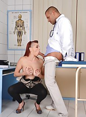 Leila Moon visit the oral doctor