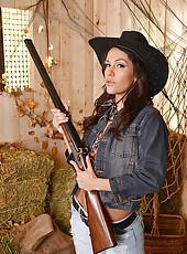 Samia Duarte Sucks Two Huge Cocks