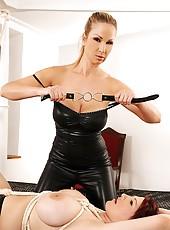 Mistress Bites Vanessa