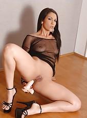 Huge Dildo Gapes Big Latina Booty