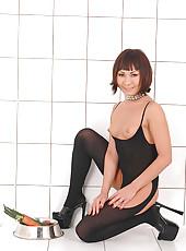 Monika masturbates with carrots!