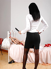 Bound Anabella gets toyed by Bailey