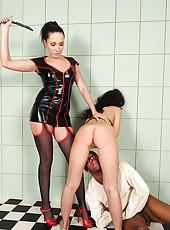 Raffaella G spanking Nataly